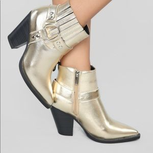 🎈SALE🎈Gold Digger Boots